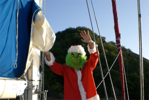 Sailing with the Grinch in Iles des saints